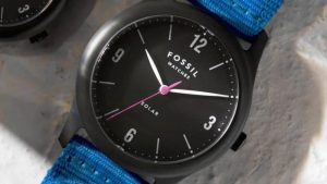 Fossil Solar watch with replaceable battery
